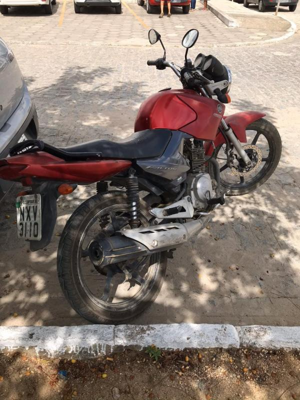Moto Yamaha Factor YBR 125ED, placa NXV-3110, ano  2010, cor vermelha